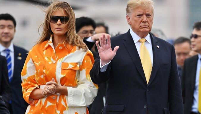 СМИ: После проигрыша мужа на выборах Мелания Трамп хочет развестись, но боится мести