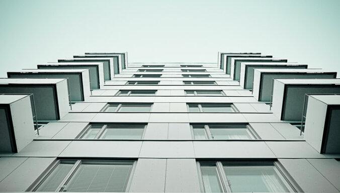 Цены на рижское серийное жилье снижаются шестой месяц подряд