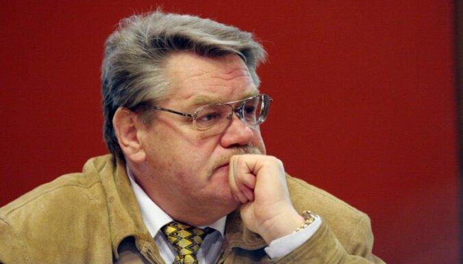 Даукштс: Россия никогда не будет демократической и не осудит Сталина