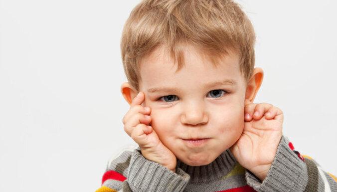 Ārste: Dzirdes traucējumi bērniem – darbs vecākiem un ārstiem