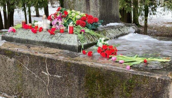Policija atrod varbūtējo Jēkabpils lielgabala demontētāju; pats objekts – Daugavā
