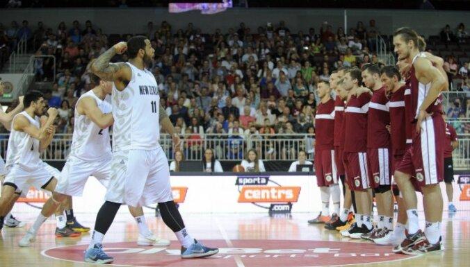 ФОТО: Ритуальный танец новозеландцев не испугал сборную Латвии