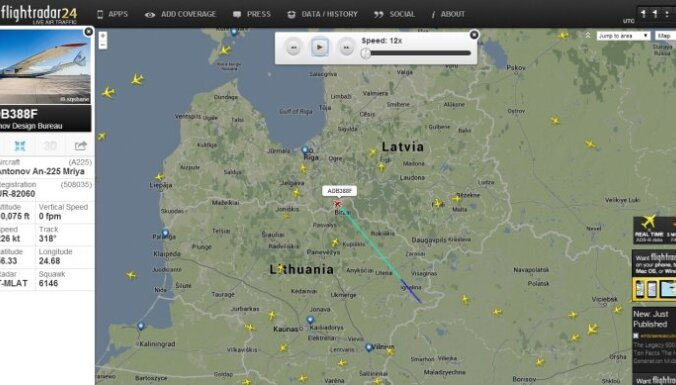 Kā milzis 'Antonov An-225 Mriya' šķērsoja Latvijas gaisa telpas robežu