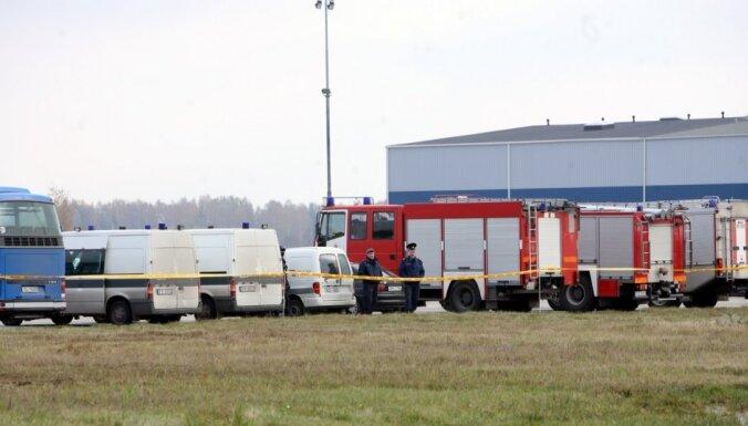 Drošībnieki Rīgas lidostā mācās, kā atbrīvot ķīlniekus teroristu uzbrukuma gadījumā