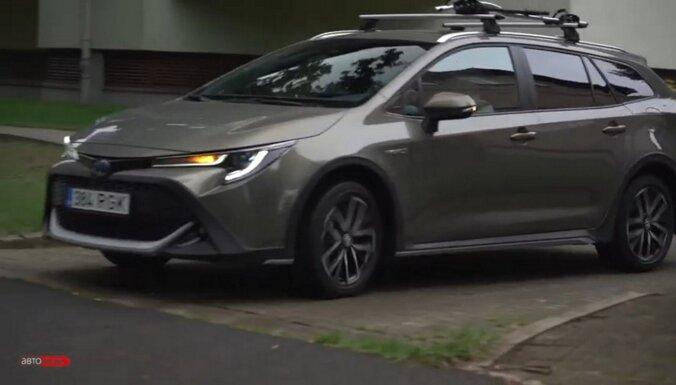 ВИДЕО. Toyota Corolla Trek: автомобиль для велосипедов