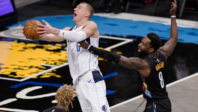 Porziņģis atgriežas ar 18 gūtiem punktiem un sekmē 'Mavericks' uzvaru pār 'Nets'