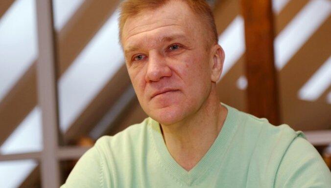 Tiesa drīzumā varētu lūgt Saeimai izdod tiesāšanai Kalnozolu