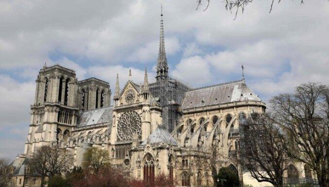 Чем уникален и знаменит сгоревший собор Парижской Богоматери?