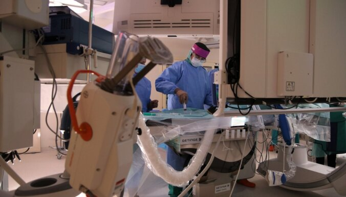 Bērnu slimnīcā atklāta modernākā bērnu kardioķirurģijas hibrīdoperāciju zāle Baltijā