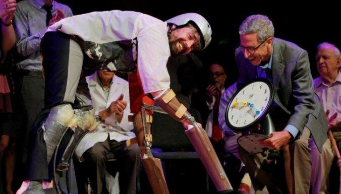 Человек-козел, трусы для крыс, честные лжецы и другие лауреаты Шнобеля-2016