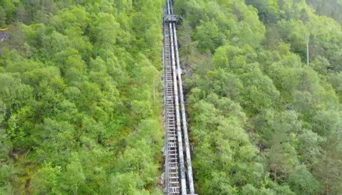 Koka kāpnes Norvēģijā, kam ir 4444 pakāpieni