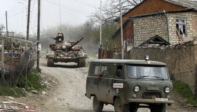 Война в Карабахе: Азербайджанские войска вошли в Агдамский район Карабаха