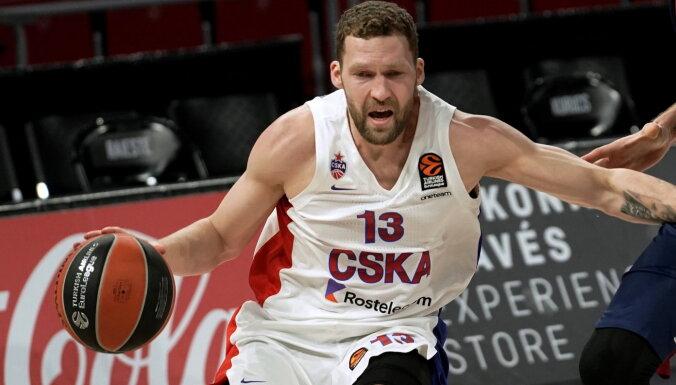 Strēlniekam trīs punkti CSKA spēlē ar 'Zeņit'