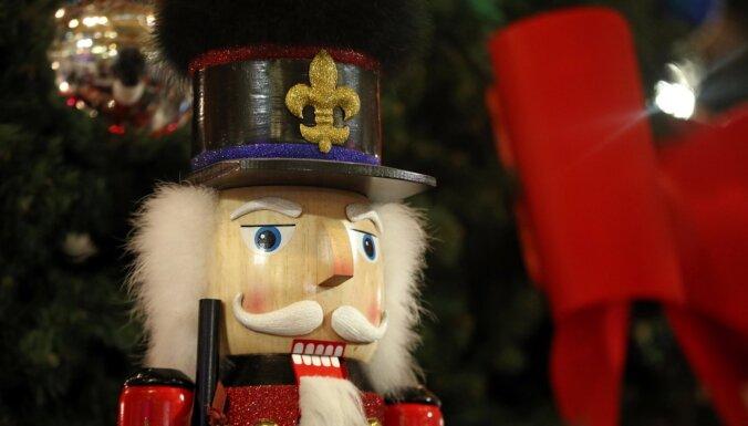 Щелкунчику - 150 лет. История игрушки из Рудных гор в фактах и фотографиях