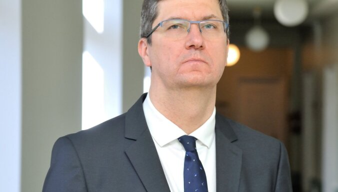 Pēteris Vilks: Nepieciešams samērīgums amatpersonu ienākumu deklarāciju publiskošanas prasībās