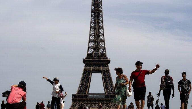 В ожидании жары. В Париже объявлен третий из четырех возможных уровней опасности