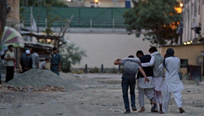 Talibi sarīko uzbrukumu Kabulas centrā