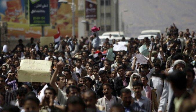 Jemenas prezidents dibina pārrunu komiteju ar opozīciju