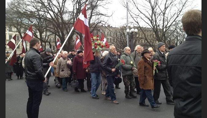 Leģionāru atceres diena Rīgā: pasākumi noritējuši mierīgi; trīs aizturētie