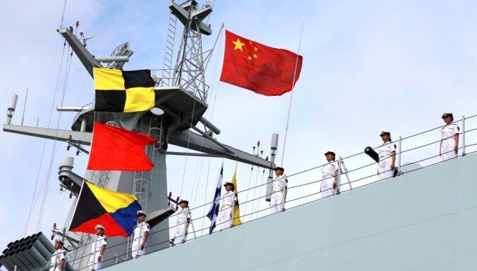 Ķīnas militārā tuvošanās Eiropu dara bažīgu