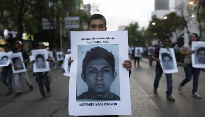 Meksikā studentu pazušanas lietā identificēts viens nogalinātais