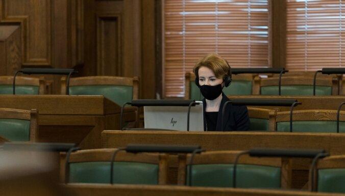 Pēc emocionālām debatēm Saeima noraida pilsoņu iniciatīvu par eitanāzijas legalizēšanu