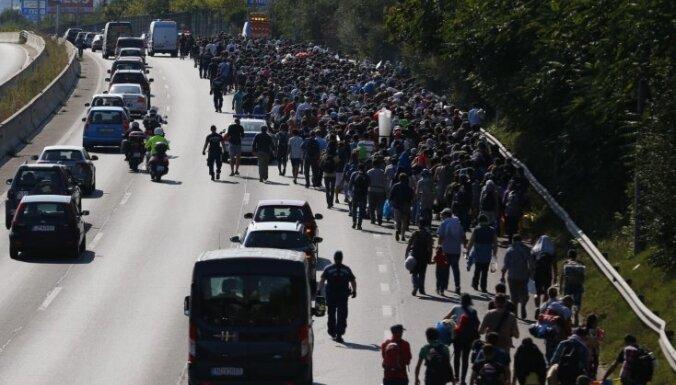 Ungārijas parlaments apstiprina nelegālās imigrācijas ierobežošanas paketi