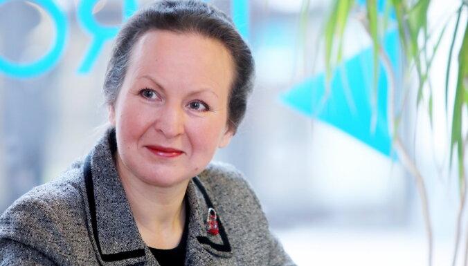 Dīkstāves pabalstam jāļauj kvalificēties vēl plašākam uzņēmumu lokam, saka Meņģelsone