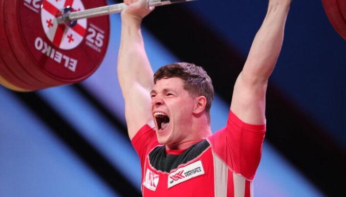 Латвийский тяжелоатлет Кожевников взял малую бронзу чемпионата Европы