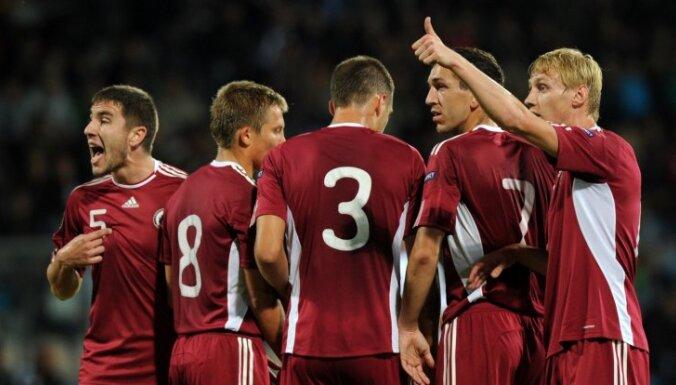 ФИФА раздаст судьям баллончики с краской: что они будут с ними делать?
