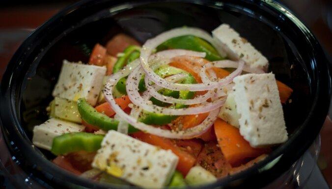 Готовим салаты с брынзой