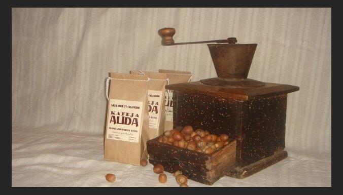 Ceļ godā no vecmāmiņas mantoto kafejas recepti