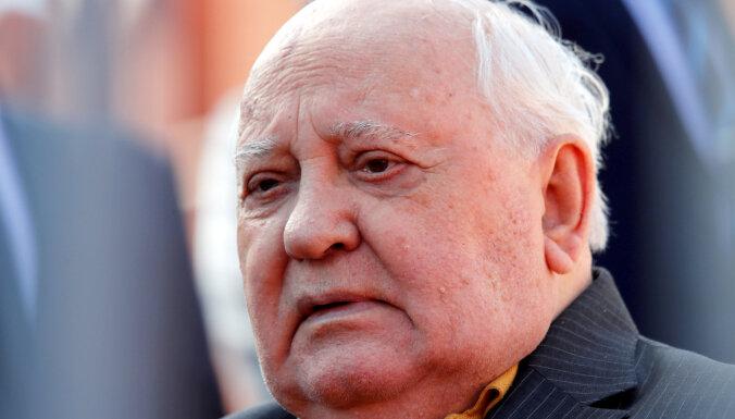 Gorbačovs aicina Baidenu uzlabot attiecības ar Krieviju