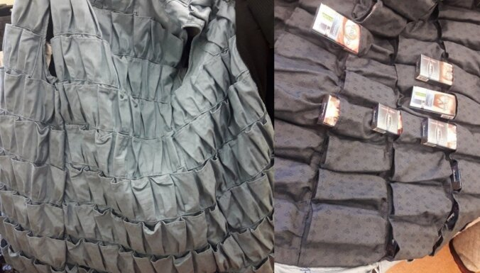 ФОТО. Находчивость не знает границ: латвиец сшил для контрабанды специальные куртки