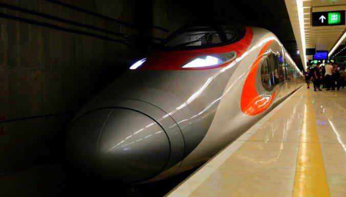 Китай создаст поезд, способный развивать скорость самолета