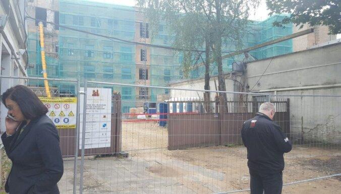 KM: līguma laušana ar Tabakas fabrikas būvniekiem bija prognozējama
