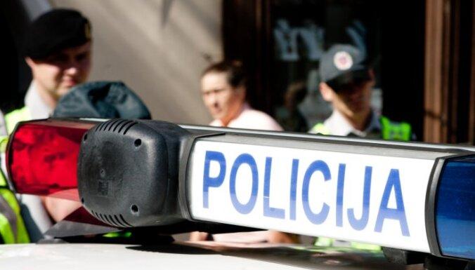 Lietuvā, iespējams, atrasts par policista nošaušanu aizdomās turētā vīrieša līķis