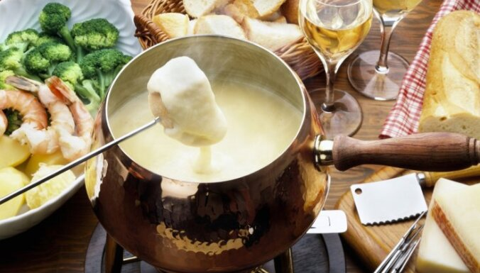 Soli pa solim: Izcili gards siera fondī