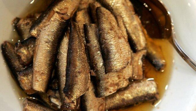 Пострадавшие от российского эмбарго латвийские предприятия резко снизили объемы производства рыбной продукции