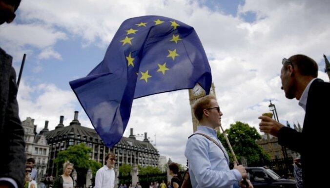 Desmitiem tūkstoši internetā paraksta petīciju par Londonas neatkarību no Lielbritānijas