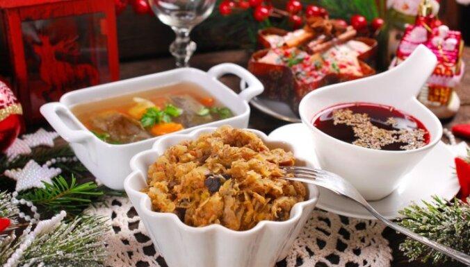 Богатый стол и традиционные блюда: почему на Рождество нужно есть девять раз?