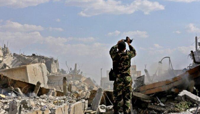 ФОТО: Руины исследовательского института и складов химоружия в Сирии