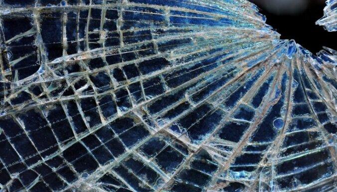 Durbes novadā automašīnu sadursme ar pieciem cietušajiem