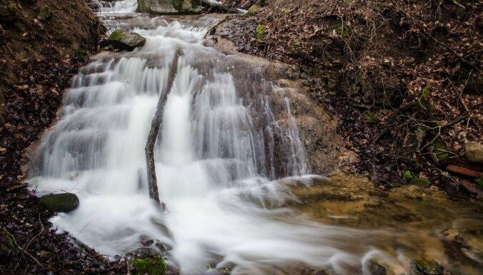 Fantastiski ūdenskritumi Latvijā, ko vērts apskatīt