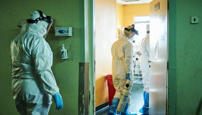 Latvijā Covid-19 apstiprināts 638 cilvēkiem; reģistrēti trīs mirušie