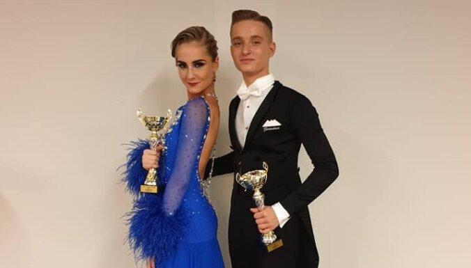 Latvijas sporta deju pāris jauniešu konkurencē sasniedz ceturtdaļfinālu pasaules čempionātā