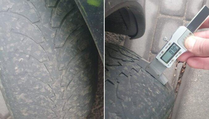 CSDD reidā Ventspilī numurzīmes atņemtas auto ar 0,7 mm protektora riepām