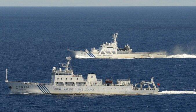 Seši Ķīnas patruļkuģi ieradušies pie Senkaku salām