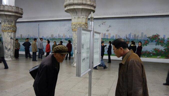 Lietuvietis no Ziemeļkorejas izvedis aizliegtus kadrus: attēli strauji 'aplido' pasauli