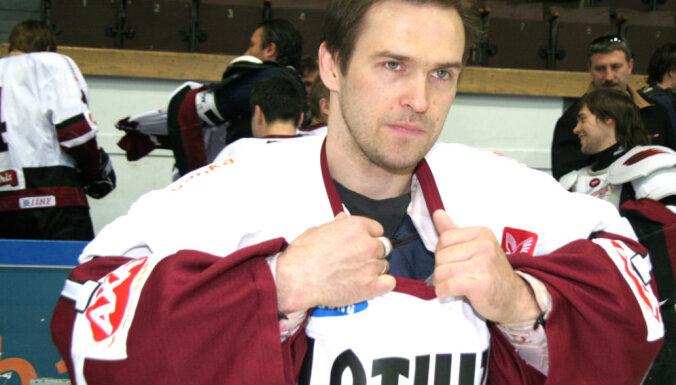 Первый номер Артура Ирбе увековечат в сборной Латвии по хоккею